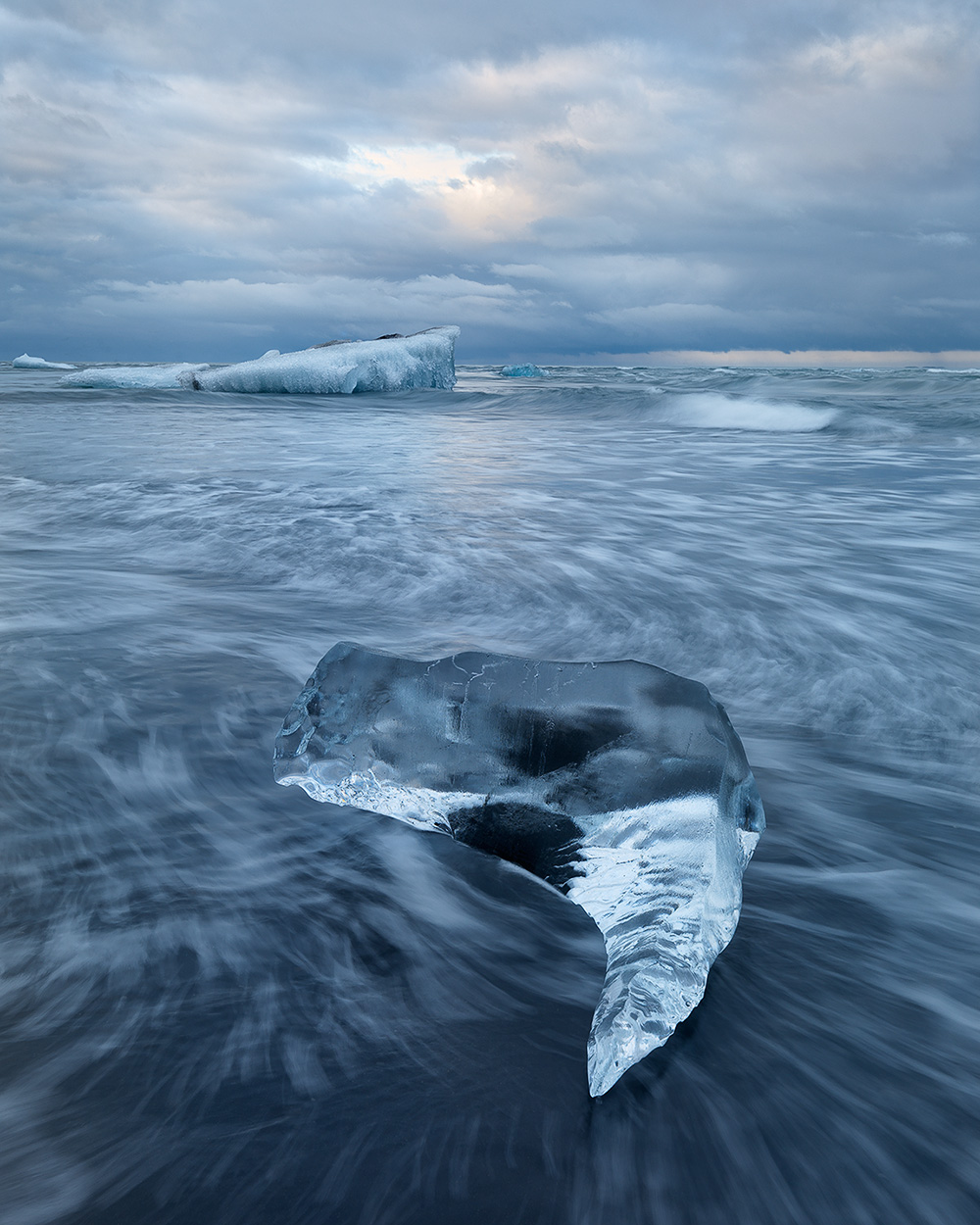 Hans Strand Icy Coast Island Hasselblad HTS + HC 28mm F4 Objektivtest