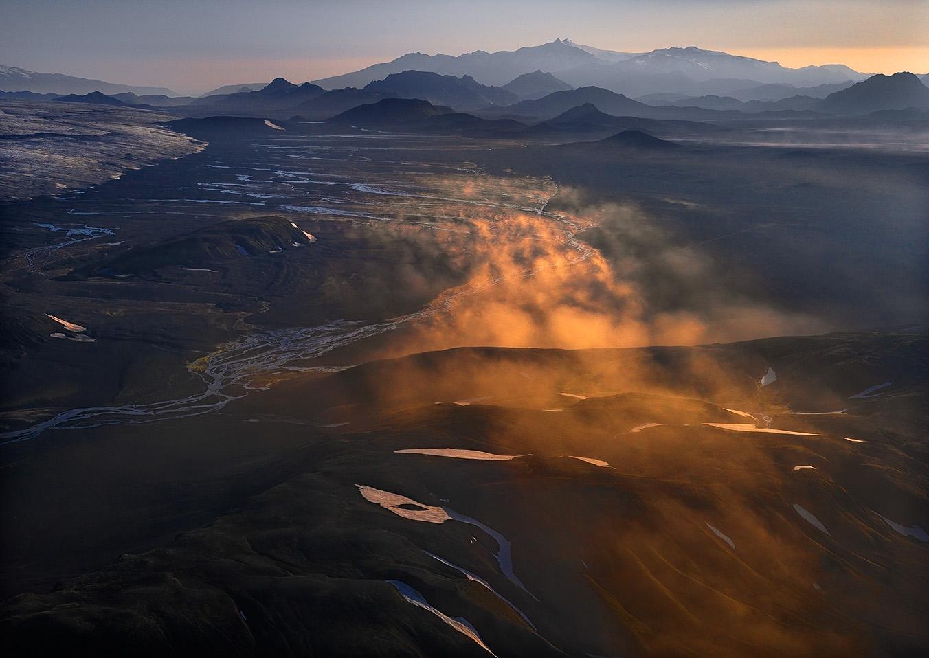 Hans Strand landskapsfotografiets mästare berättar om Island. Intervju av Christian Nilsson, Objektivtest.se
