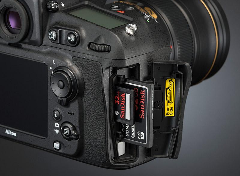 Nikon D810 dubbla minneskort CD & SD