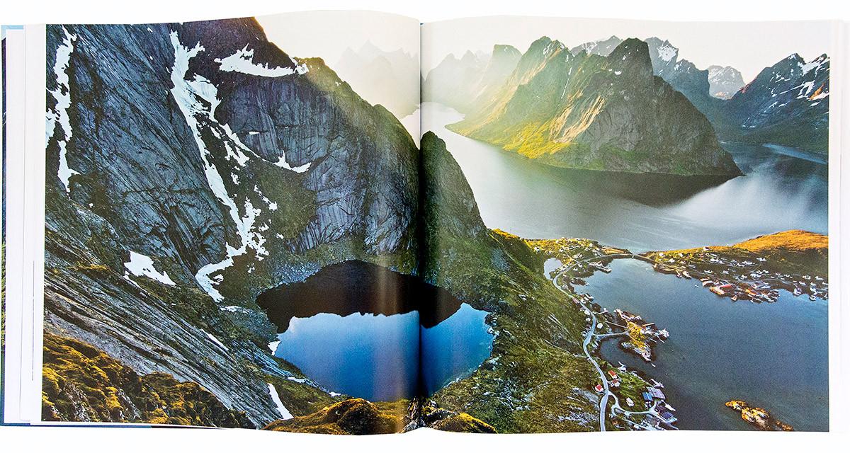 Claes Grundsten fotobok Lofoten 9 Uppslag 1 Lofoten 9 landskapsfotografi