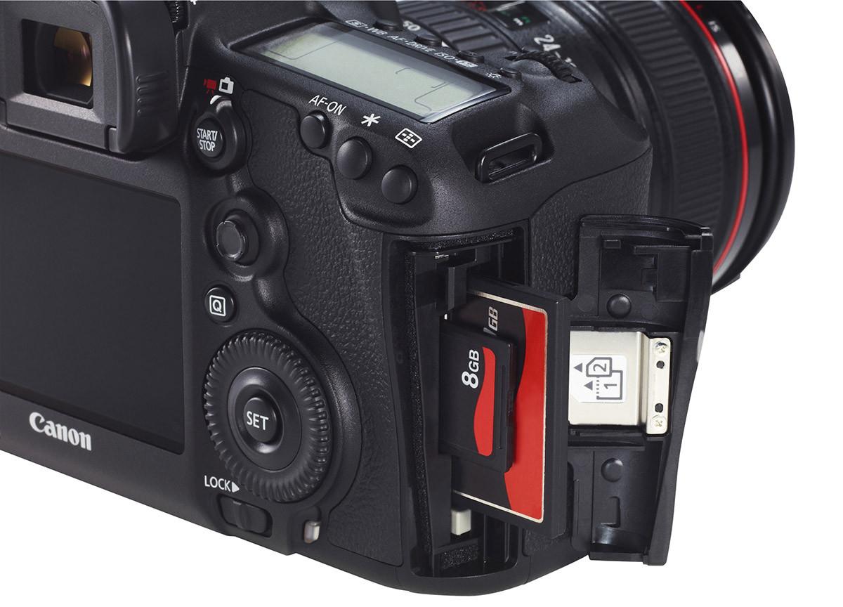 Canon EOS 5D Mark III test dubbla fack för minneskort Compact Flash och SD