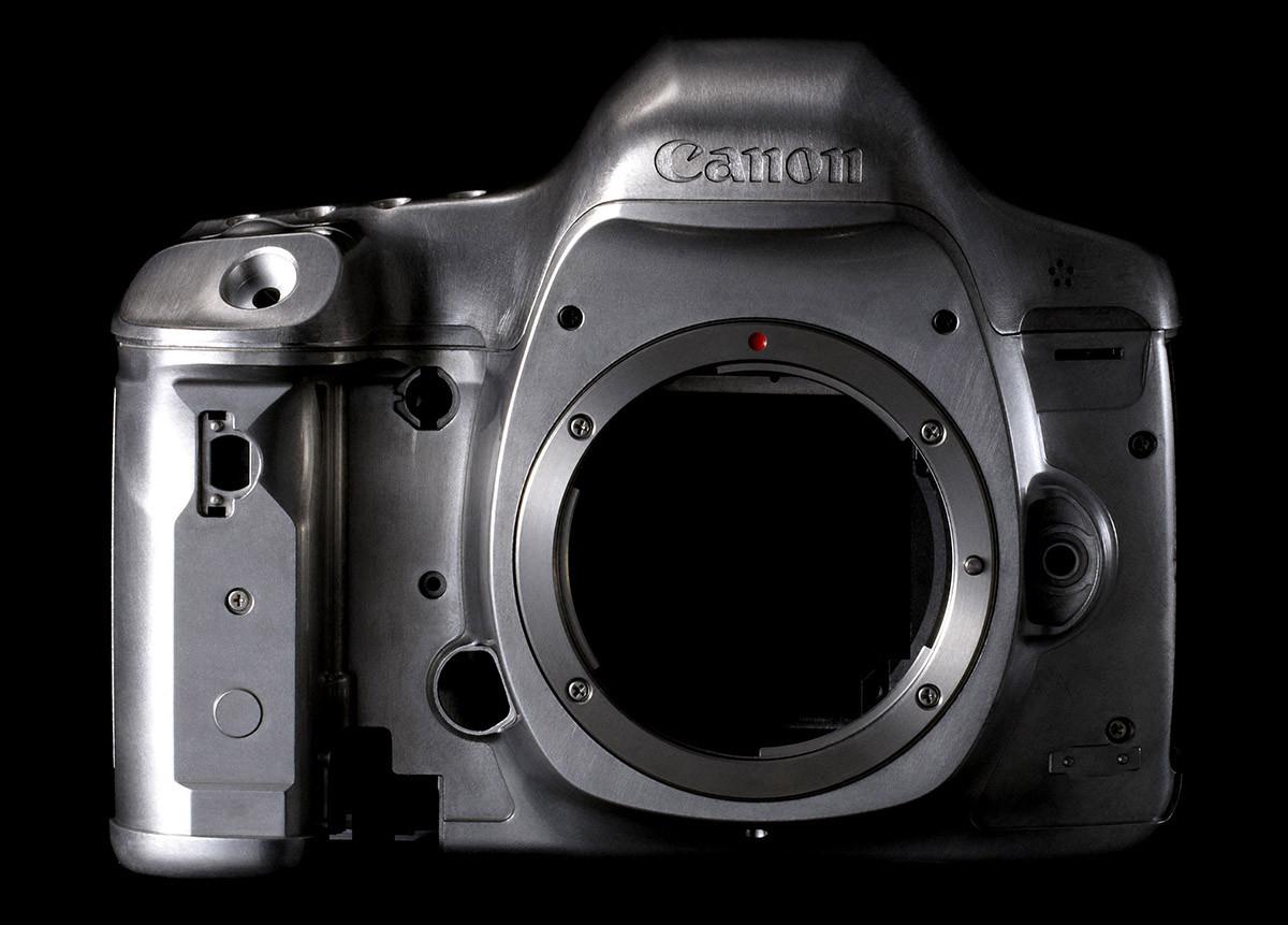 Test EOS 5D Mk III kamerahus chassi magnesium