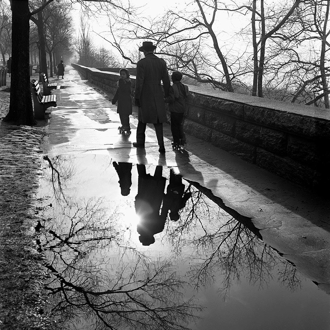 Vivian Maier räknas som en av de främsta gatufotograferna. Se ett urval av hennes fantastiska bilder på Objektivtest.se
