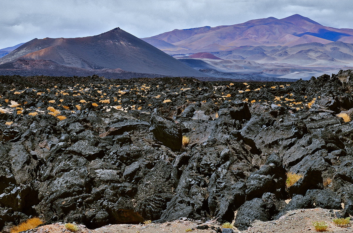 Lavafält vid Antofagasta, Argentina. Fujifilm X-T1 med Fujinon XF 55-200 mm f/3,5-4,8 R LM OIS vid 61 mm, 1/110 s och bländare 14. ISO 200.