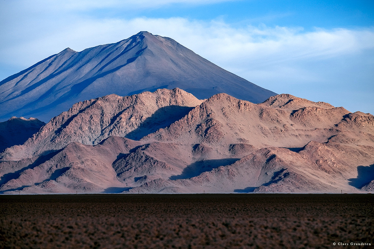 Blogg av Claes Grundsten Vulkanen Arizaro vid Tolar Grande Argentina. Fotograferad med Fujifilm X-T1