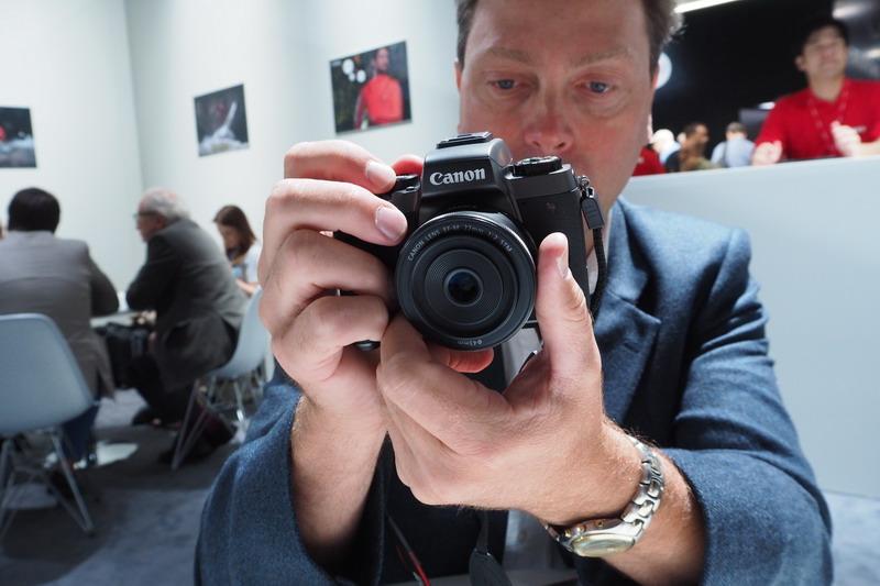 Canon EOS M5 spegellös kompakt systemkamera med APS-C-sensor