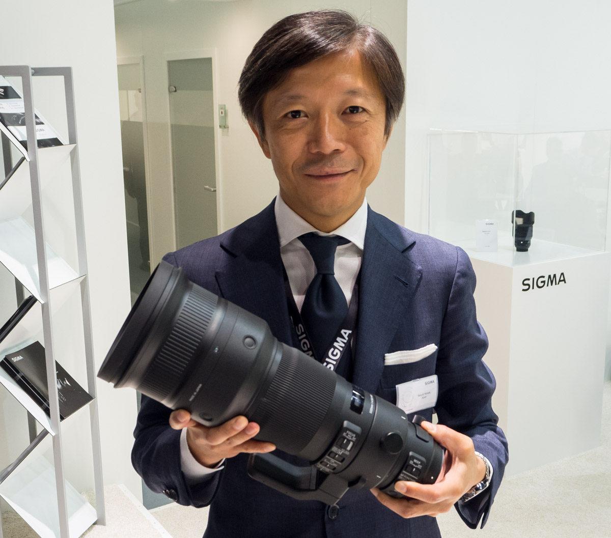 Sigmas VD Kazuto Yamaki träffar objektivtest.se på Photokina 2016