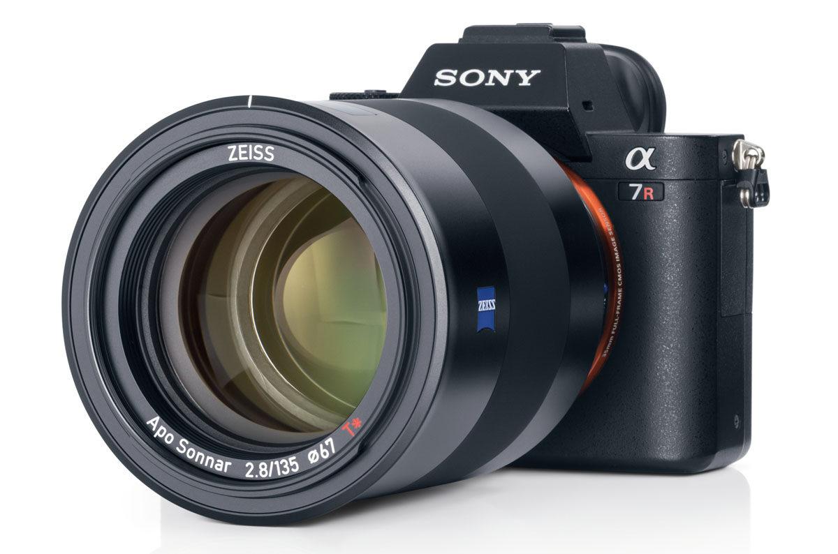Zeiss Batis 135 mm f/2,8 bildstabiliserat porträtt-tele Sony fullformat FE och E-fattning